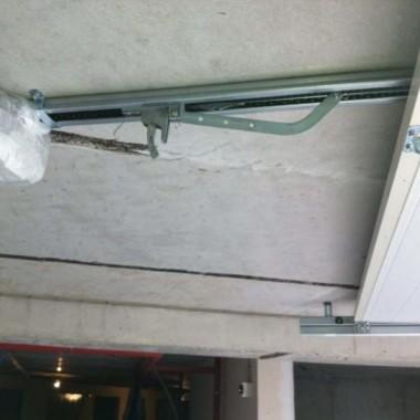 Секционные ворота в подземном паркинге в Гурзуфе 10
