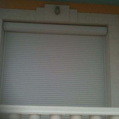 Монтаж роллет на окна и двери частной гостиницы на Донузлаве 05