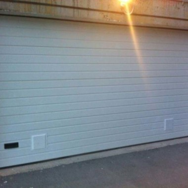 Секционные ворота в подземном паркинге в Гурзуфе 11