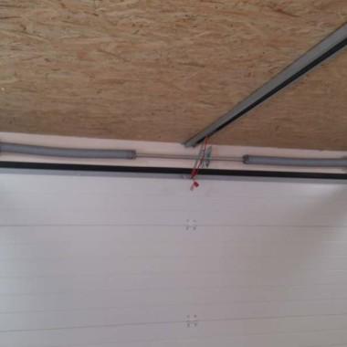 Секционные ворота в гараже частного дома в Керчи 05