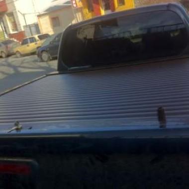 Установили защитную роллету на кузов пикапа в Симферополе 11