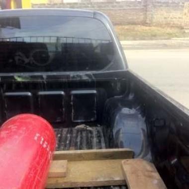 Установили защитную роллету на кузов пикапа в Симферополе 03