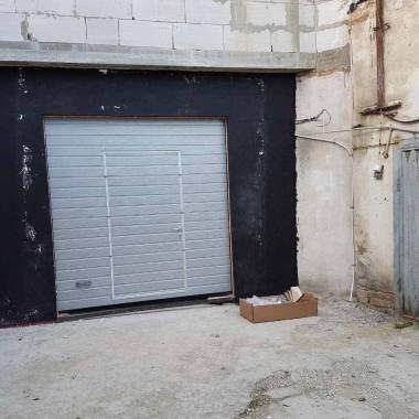 Автоматические секционные ворота, установленные в 2017 году 03