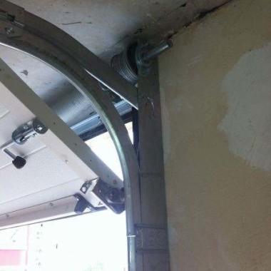 Секционные ворота в подземном паркинге в Гурзуфе 08