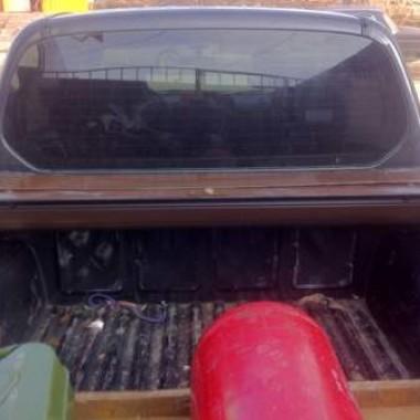 Установили защитную роллету на кузов пикапа в Симферополе 04